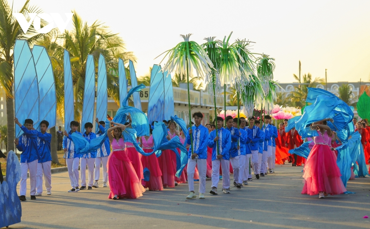 Winter carnival excites crowds in Quang Ninh province