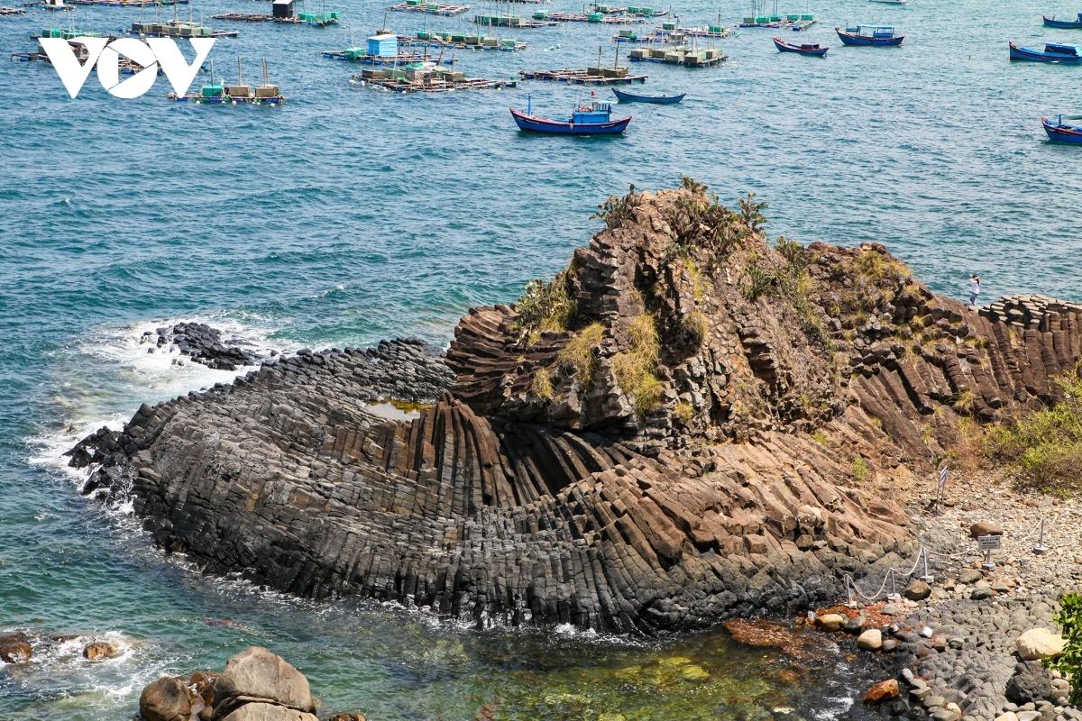 ghenh da dia in south central coast recognized as special national site