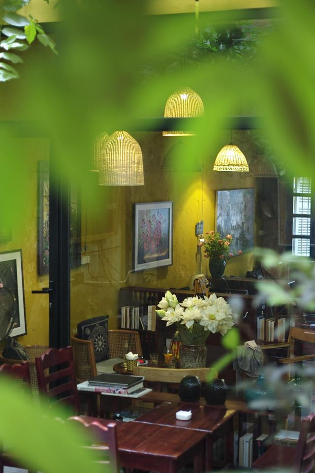 Cafe inside 90-year-old house allures visitors with nostalgic ambiance