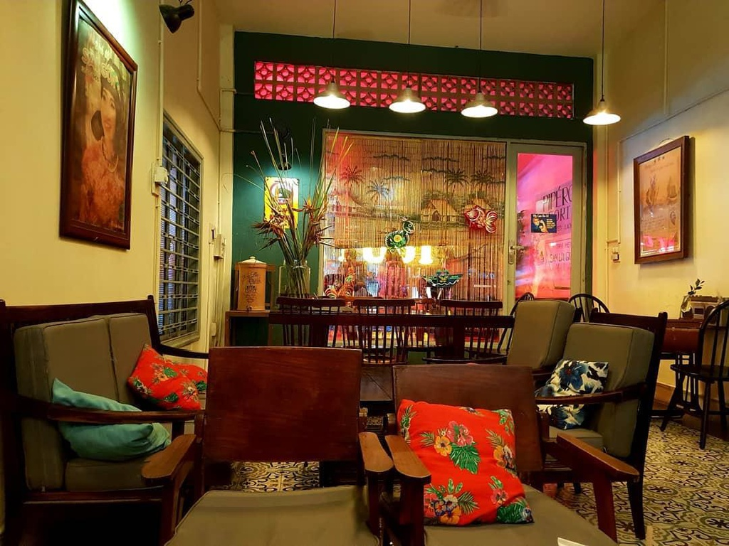 cafes with retro decorations for nostalgia seekers in saigon