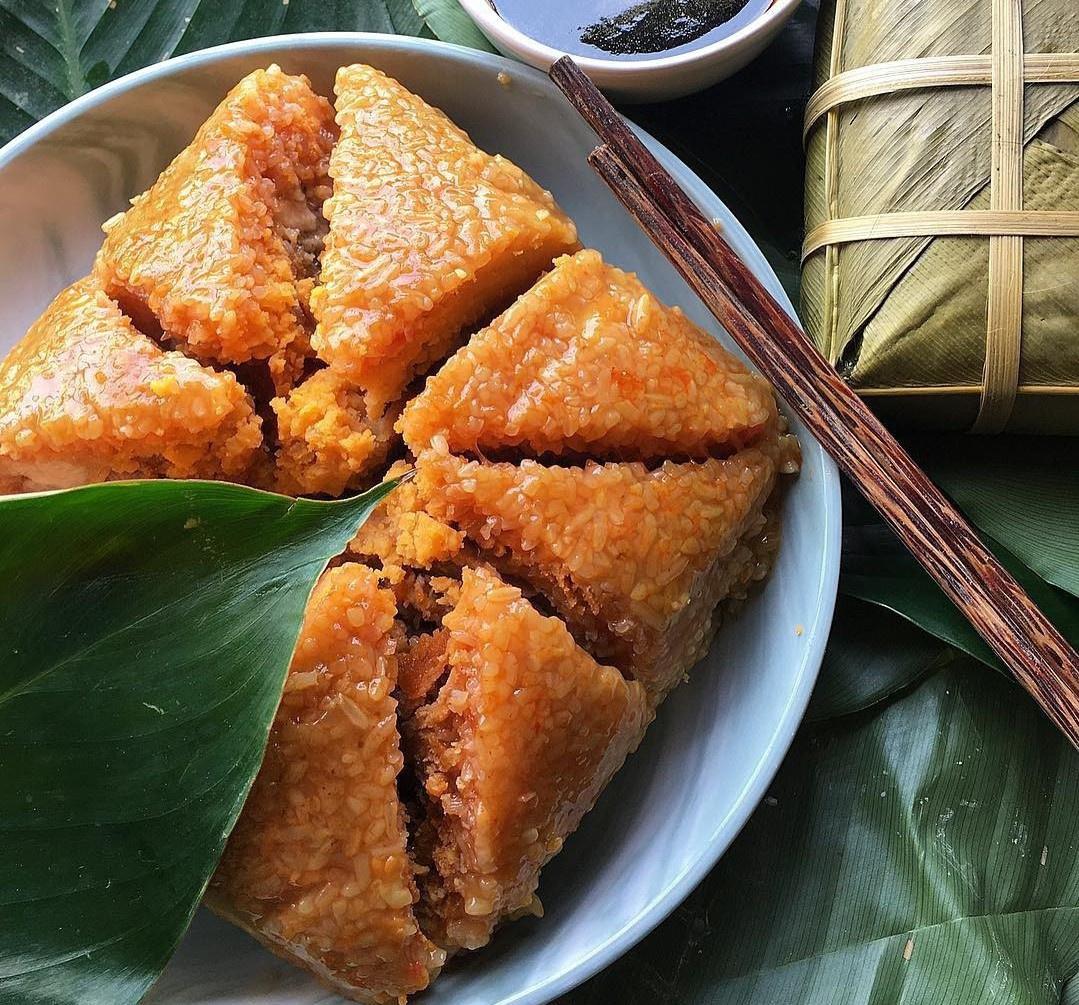 """Unique versions of Vietnamese """"Bánh Chưng"""" (Chung cake)"""