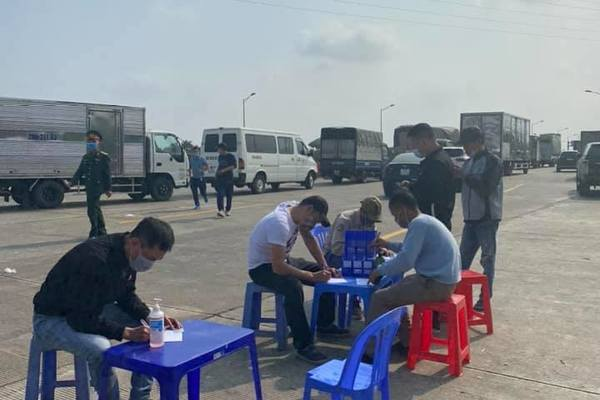 hai phong strictly controls people entering and leaving city amid covid 19 fears