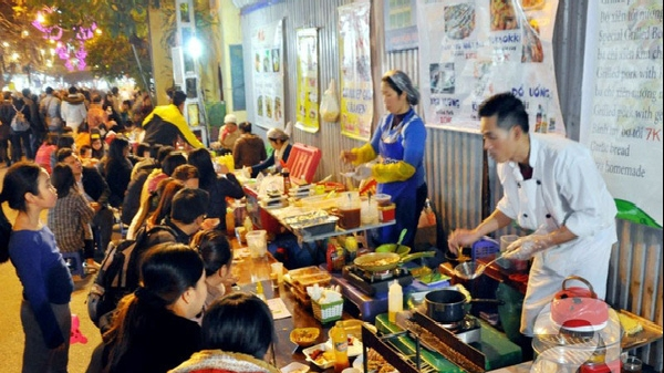 hanoi shuts down street eateries and cafes starting feb 16 to prevent covid 19 spread