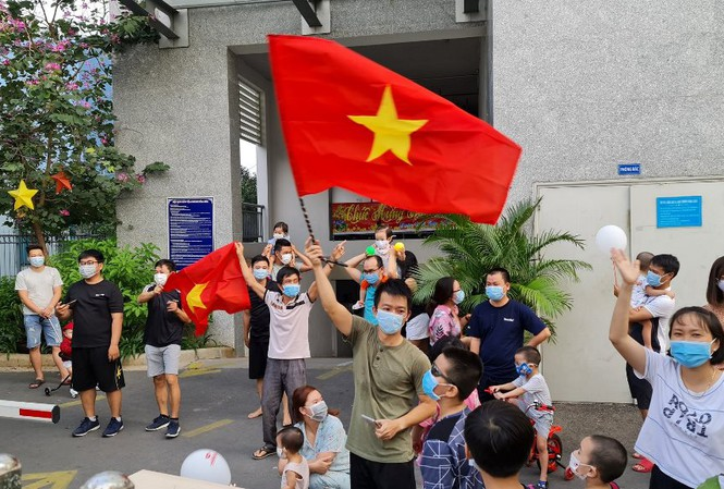 ho chi minh city people burst with joy as places removed covid 19 lockdown