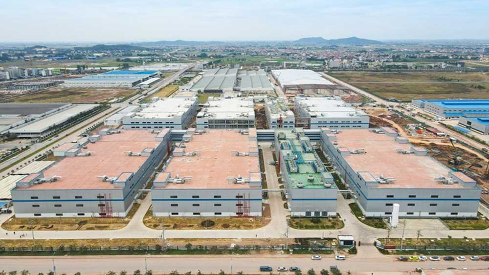 Foxconn recruits 1,000 workers in Vietnam following its US$270 million project