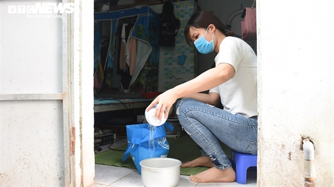 Arduous lives of workers in Hai Duong Covid 19 hotspot