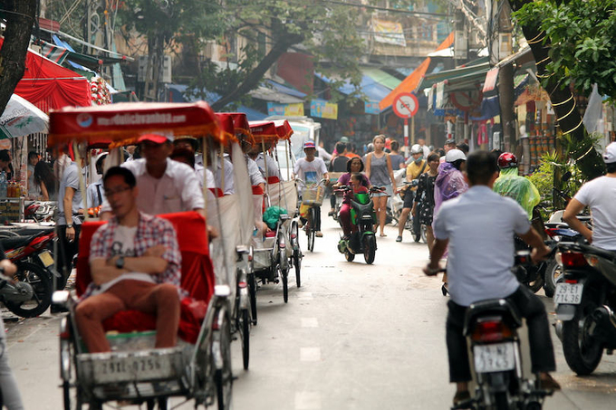"""Foreign visitor recommends 7 """"must-try"""" travel experiences in Vietnam's capital"""