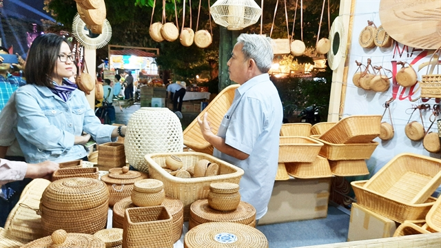 U.S market offers ample room for Vietnamese craft, wood enterprises