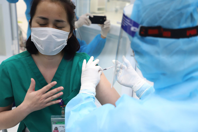 two more covid 19 vaccine recipients in vietnam displaying severe reactions timely treated tho