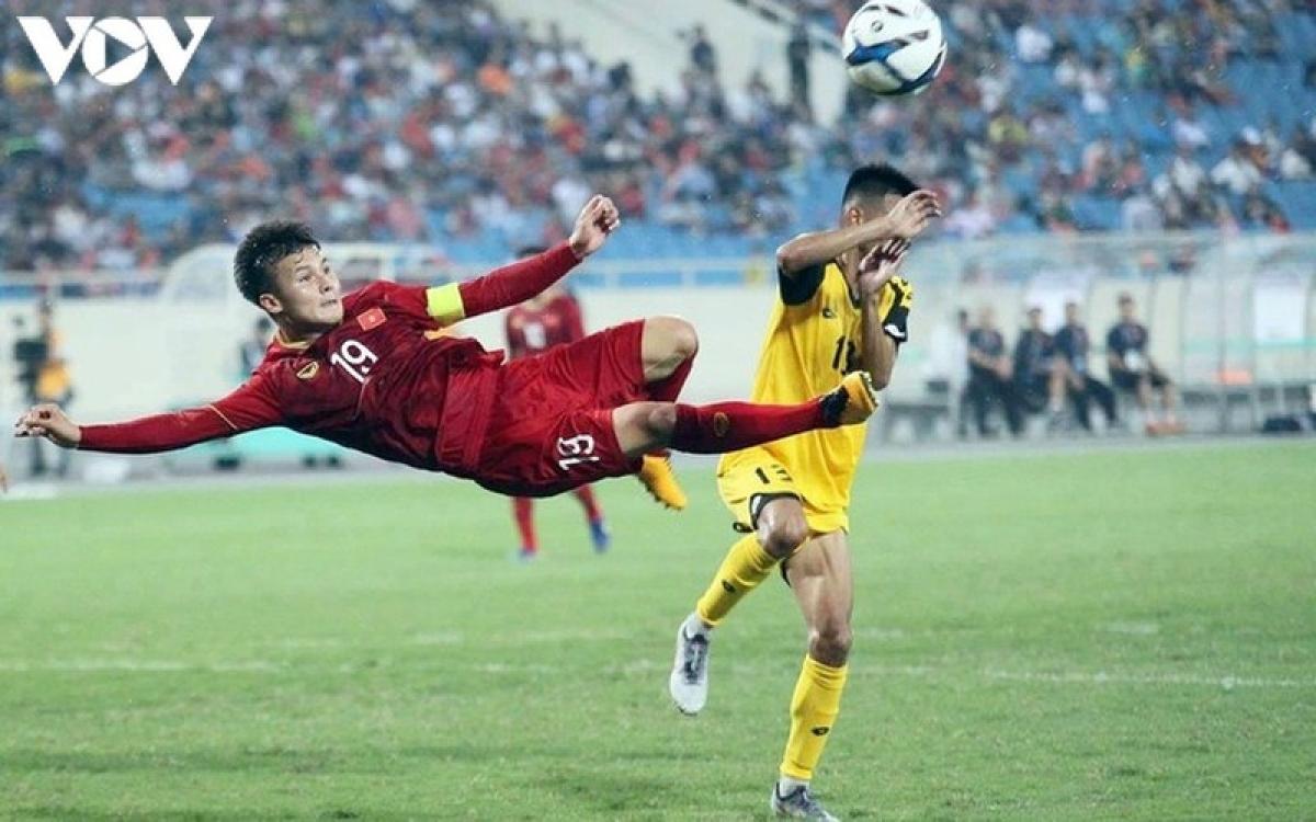Vietnamese midfielder nominated among best midfielders in afc cup