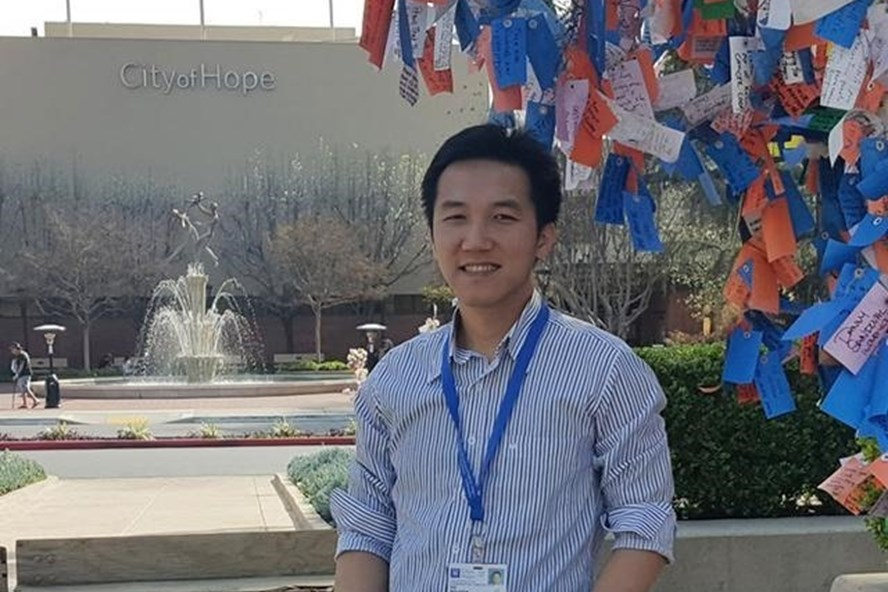 vietnamese doctor in the us shares experiences of receiving pfizer biontech vaccine