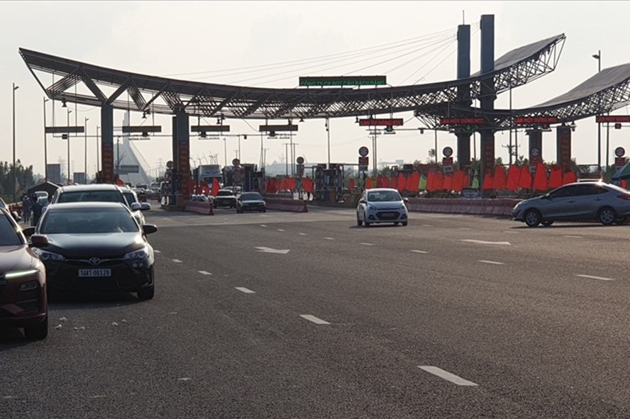 quang ninh halts operation of covid 19 checkpoints starting march 22
