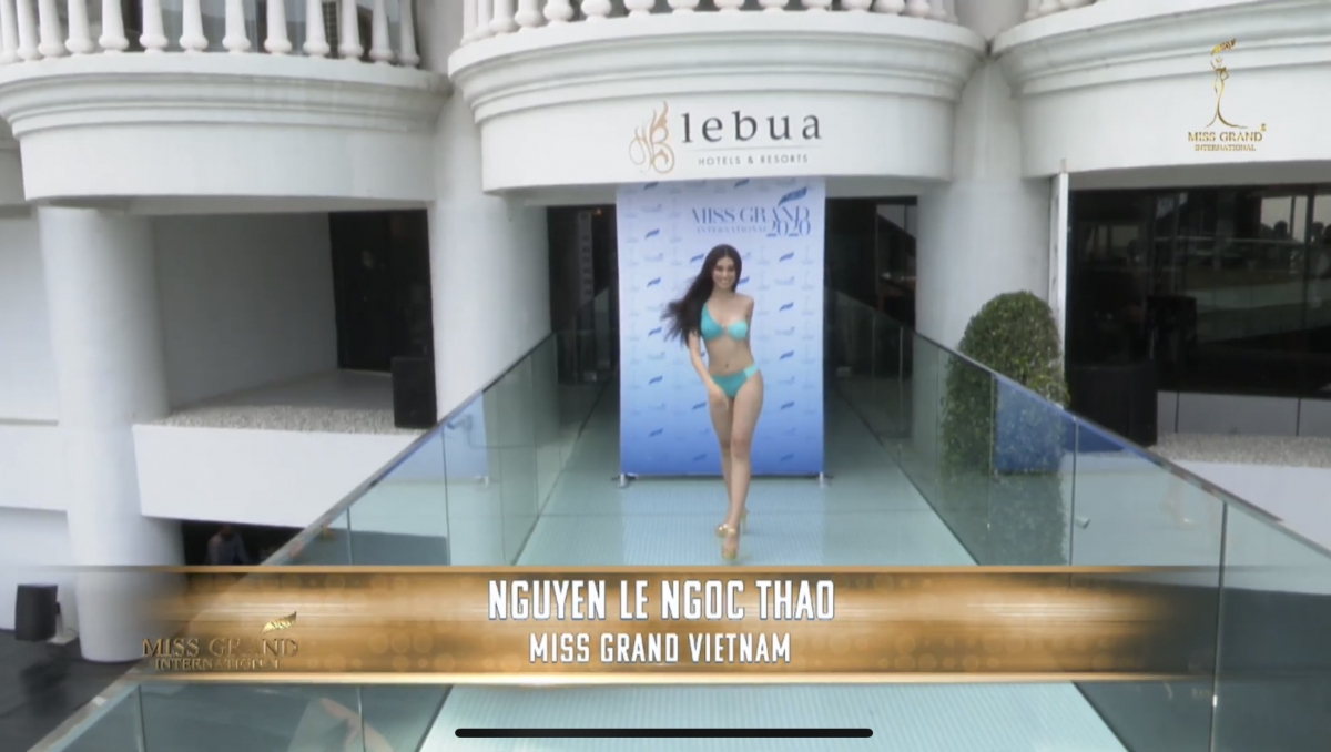 Vietnamese beauty shows off sexy curves at 2020 Miss Grand International's bikini contest