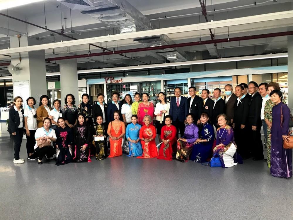 overseas vietnamese in phuket thailand wish to promote cooperation with vietnam