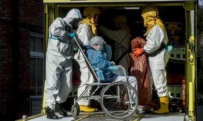 czech republic ensures fair vaccine access for overseas vietnamese