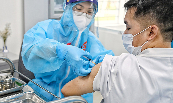 nearly 38000 vietnamese receive covid 19 vaccine more 3 provinces launch inoculation campaign this week