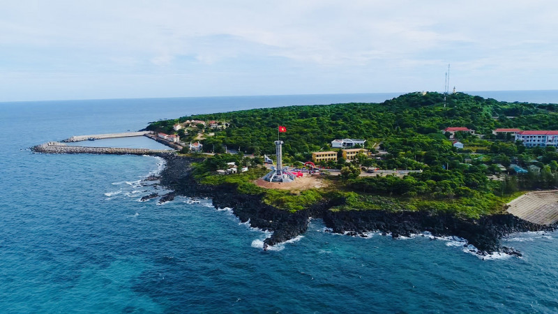Video featuring beauty of Vietnam's sea and island launched