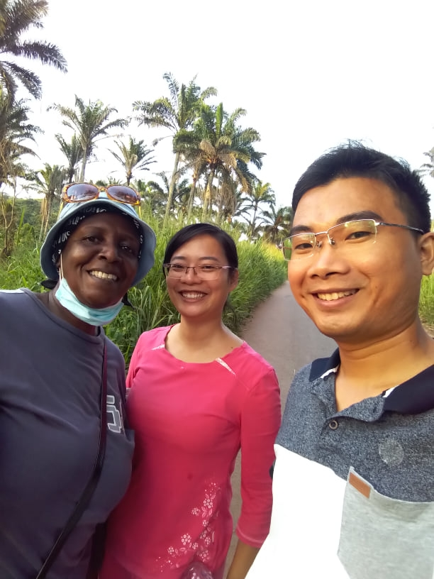 Vietnamese doctor couple treats, teaches Vietnamese, guides farming in Angola