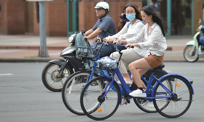 Ho Chi Minh City starts piloting public bicycles