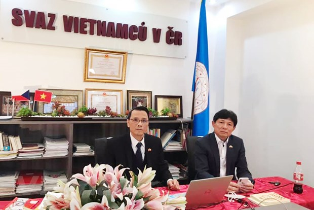 Vietnamese community in Czech Republic unites to overcome Covid-19 pandemic