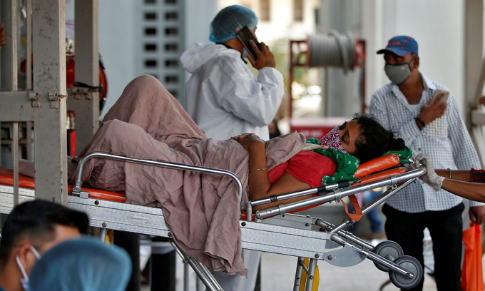 About 1000 Vietnamese citizens brought home from pandemic-hit India