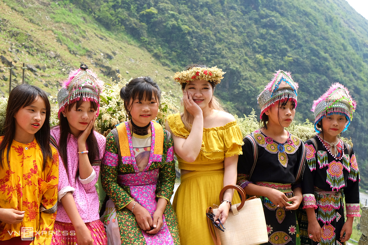 Ha Giang, colorful beauty of nature and people