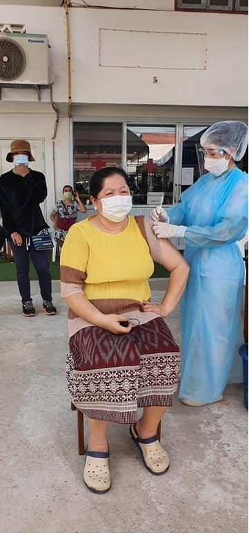 Vietnamese in Laos fear economic burden if Covid-19 prolonged