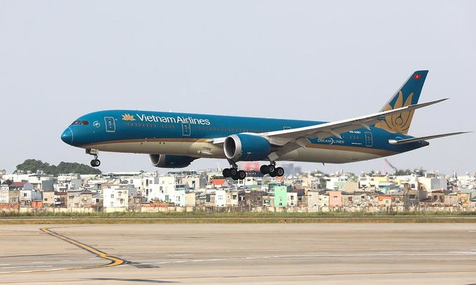 Vietnam Airlines incurs record loss in first quarter of 2021