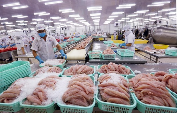 Vietnam's exports to U.S surge 50% in first four months of 2021