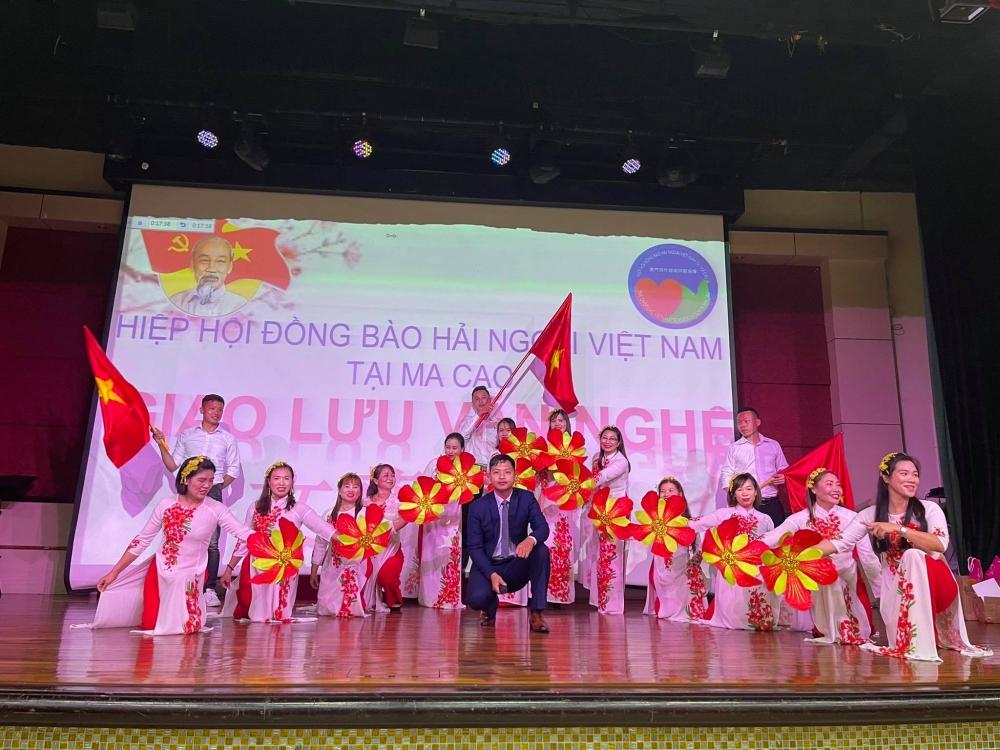 Fellow-countrymen Associations of Hai Phong and Ninh Binh debut in Macau (China)