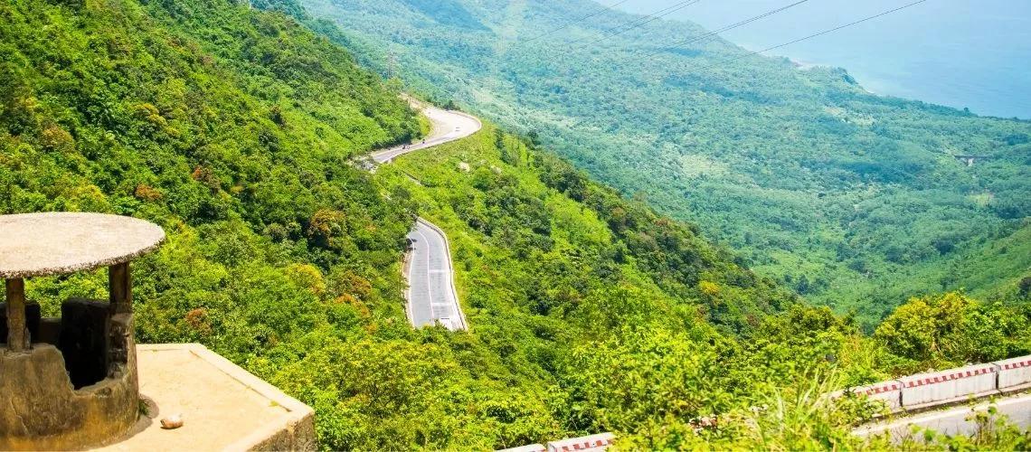 Hai Van Pass named among world's most beautiful drives