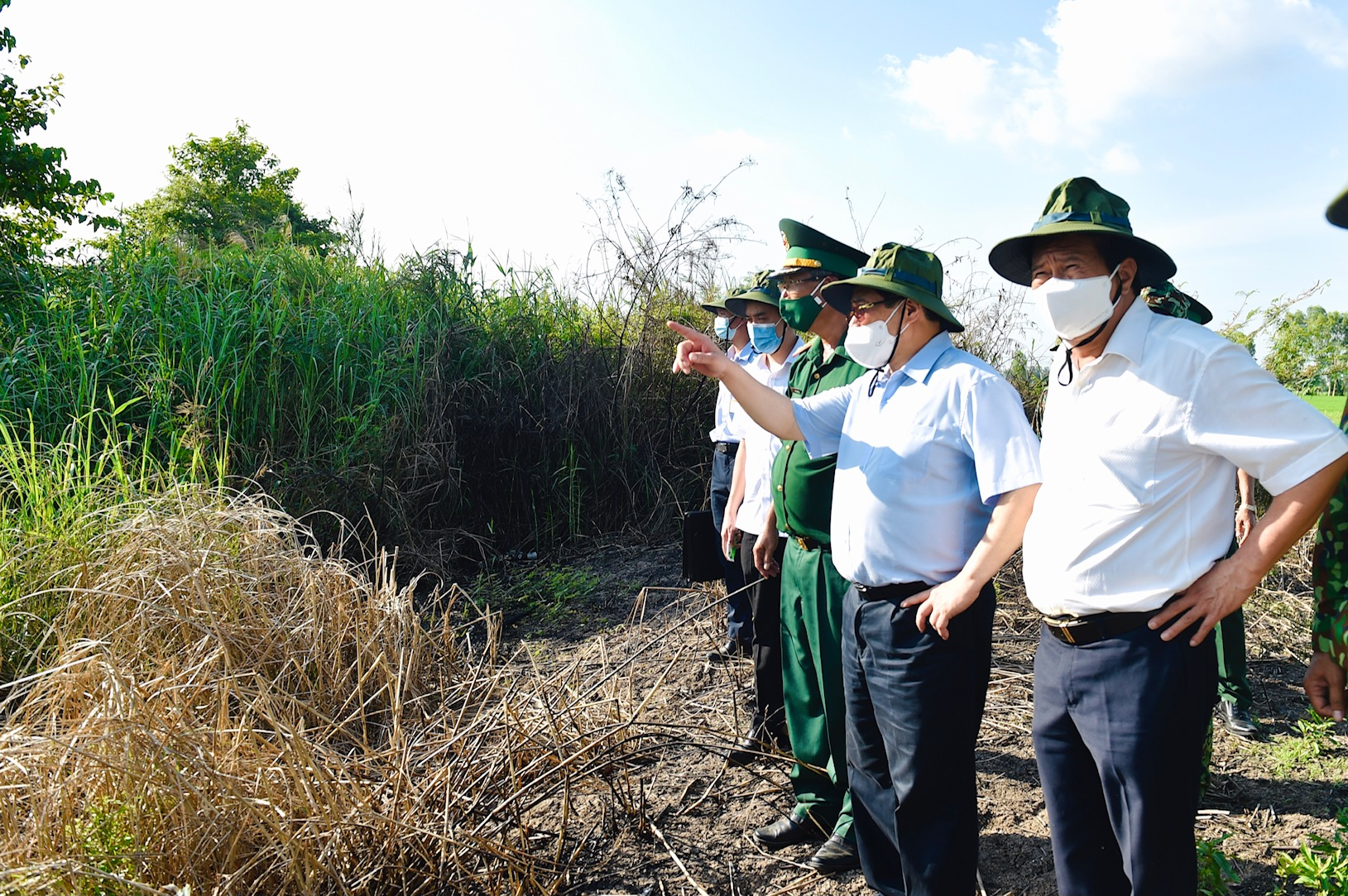 PM inspects Covid-19 prevention and control in southern border province