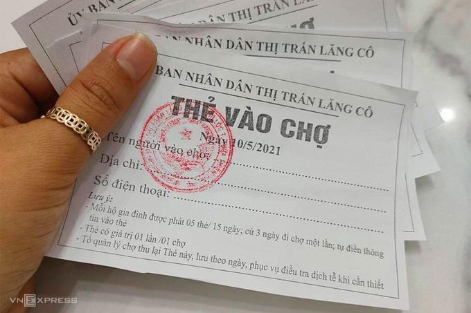 Thua Thien Hue adopts market entrance tickets amid growing Covid-19 threat