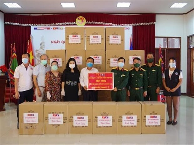 Vietnamese community joins hands with Lao government in Covid-19 fight
