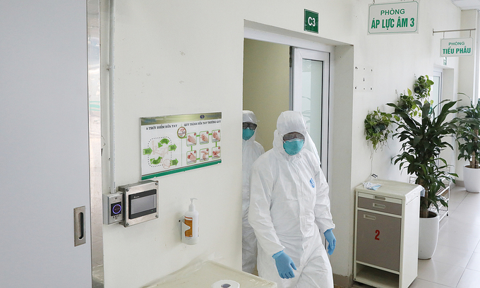 Deputy PM urges to quickly issue guidelines on testing for entrants in quarantine facilities