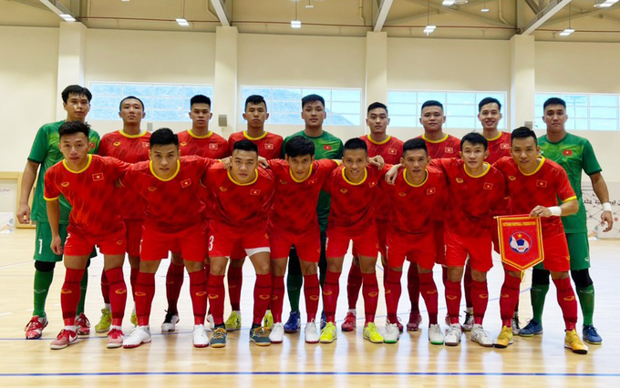Vietnamese Embassy in UAE encourages Futsal team on threshold of World Cup