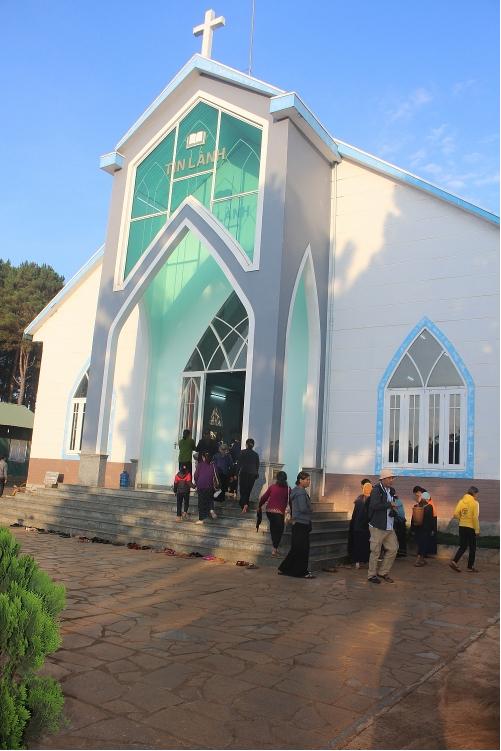 Plei Mo Nu Protestant Church: a familiar destination of parishioners every weekend