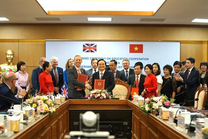 Vietnam, UK promote long-term, sustainable, high-quality partnership in education