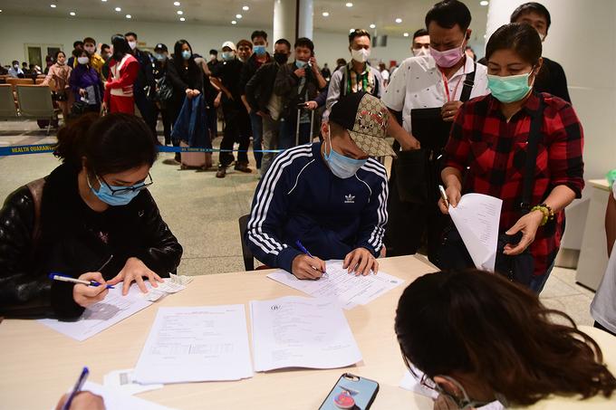 Hanoi's Noi Bai Airport stops receiving foreign arrivals amid Covid-19 surge