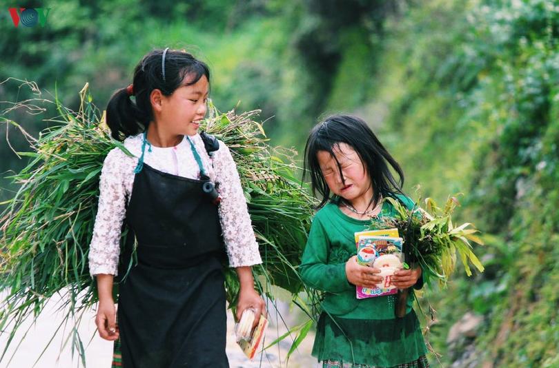 hospitality of ethnic people on ha giang rocky plateau