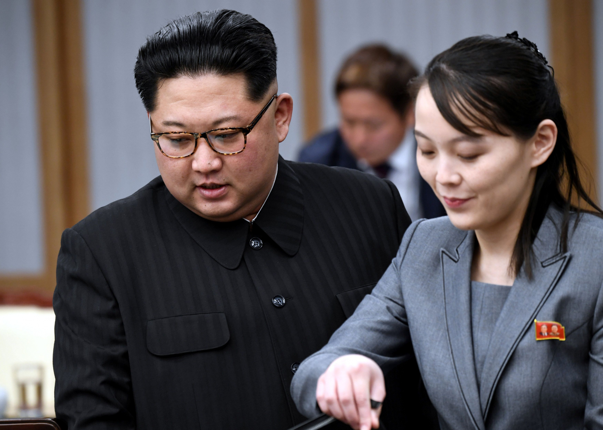 inter korea relation south korea convened emergency meeting after threats from kims sister