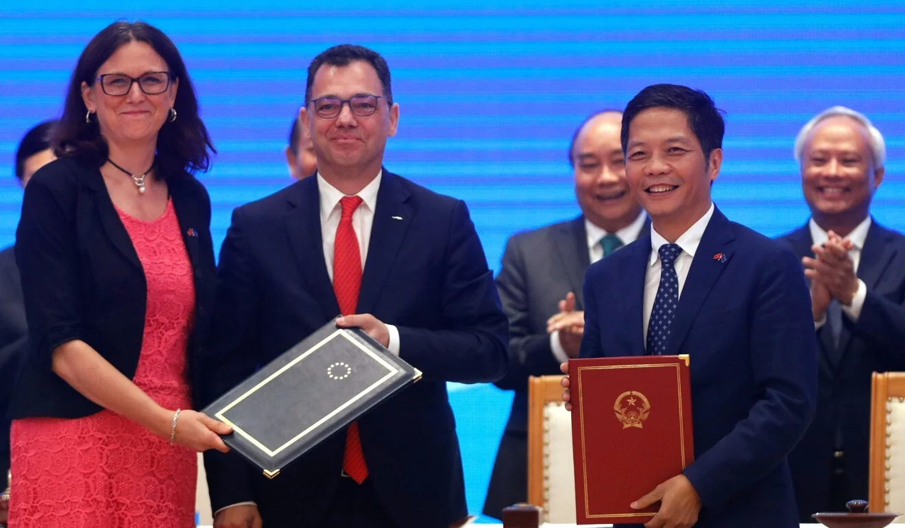 The signing ceremony of EU-Vietnam Free Trade Agreement at the Government Office in Hanoi