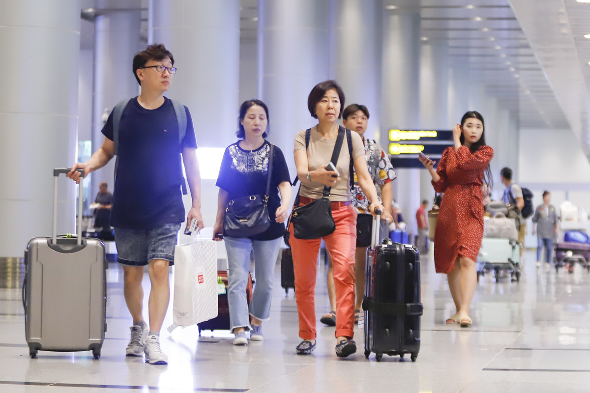 vietnam partially resumes travel with south korea and japan