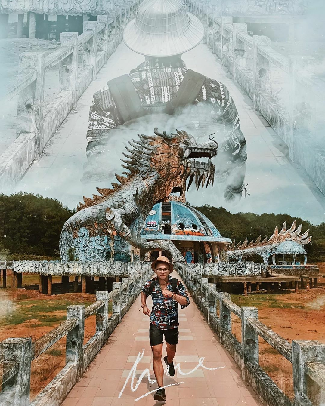 vietnamese abandoned water park under the lens of foreign tourists