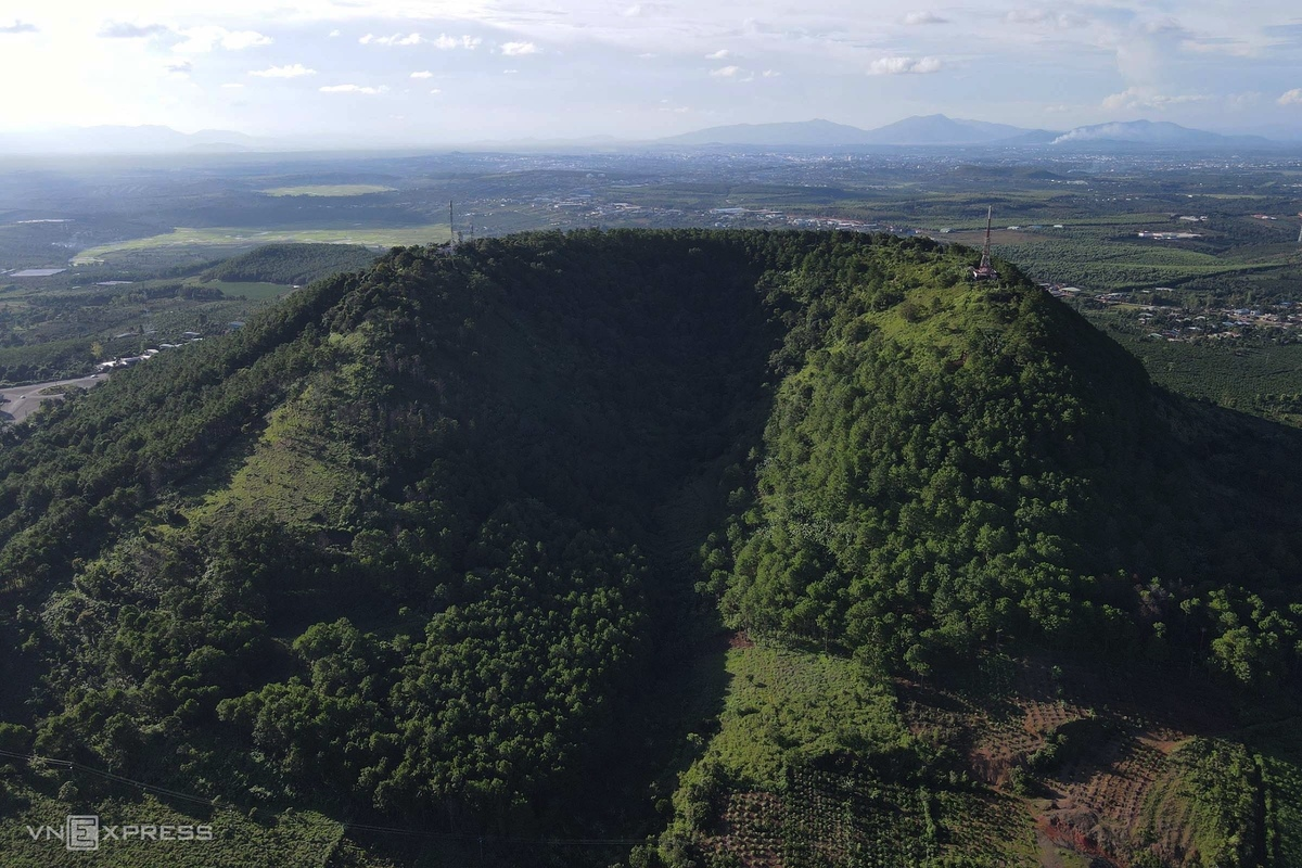 Gia Lai: where beautiful volcanoes abound
