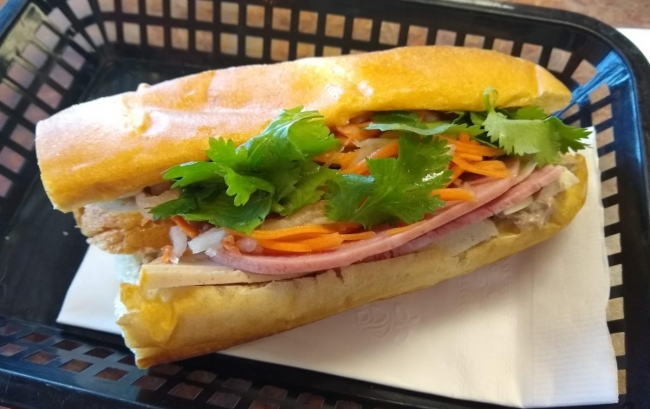 Vietnamese Food: Leona Banh Mi offers versions of wildly popular sandwich, pho