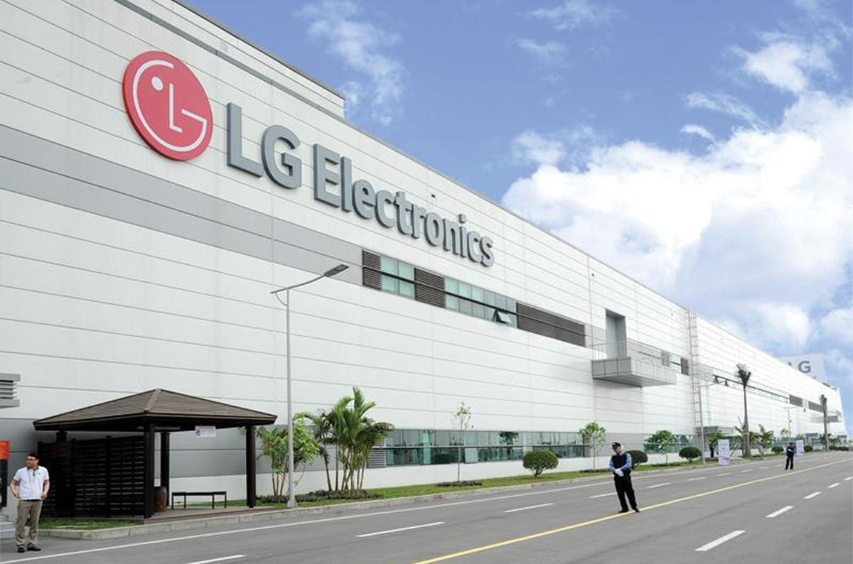 lg panasonic foxconn are among giant tech planning to shift manufacturing vietnam
