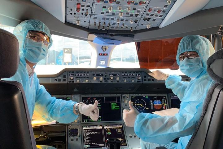 vietnam mulls over to resume international flights this august