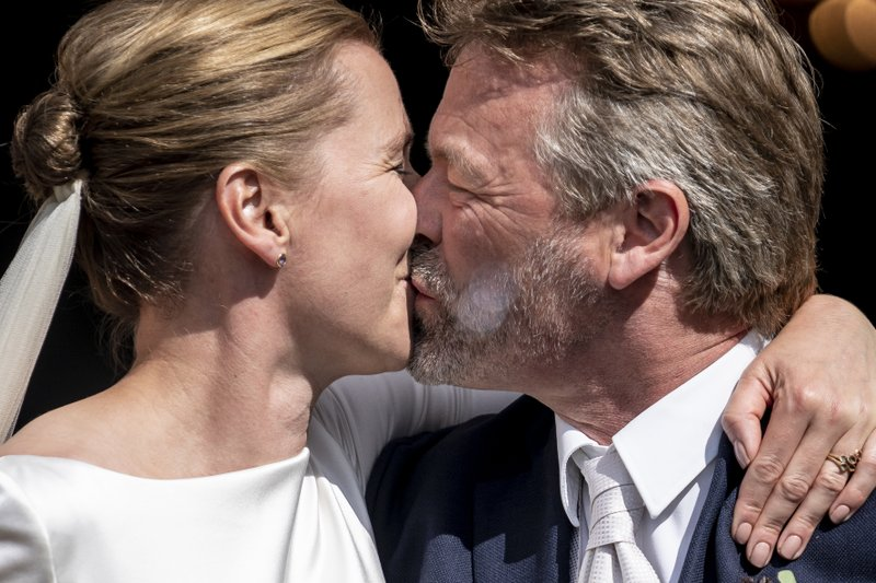 danish prime minister finally gets married after three postponements