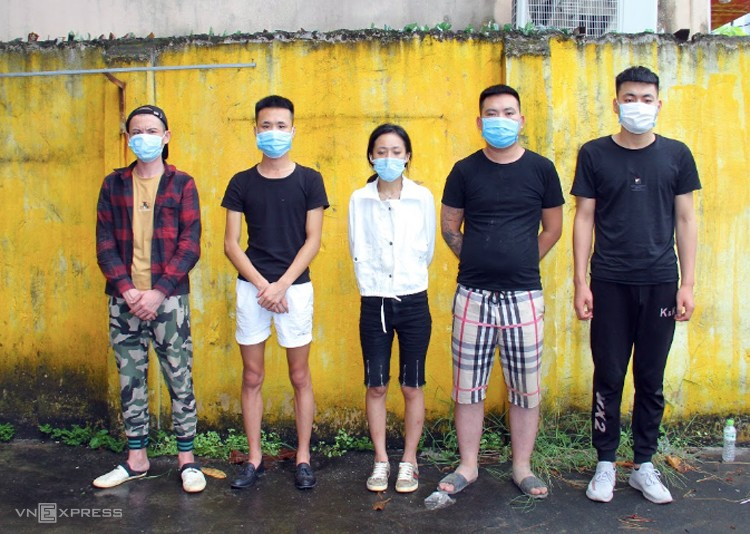 8 chinese people illegally enter ho chi minh arrested